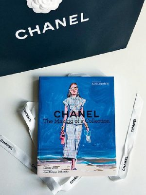 Chanel fashion collection boek
